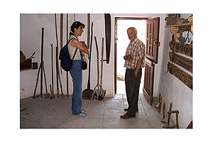 Museum Menetes - Georgios Sakellakis is the guide of this small and interesting museum.